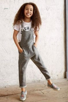 Dungarees are the perfect item of clothing no matter what the weather and they are so easy to work with!