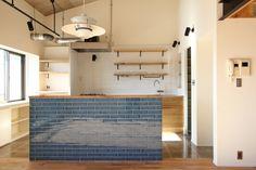 KITCHEN/counter/tile/pantry/tile/キッチン/パントリー/タイル/ステンレス/インダストリアル/カウンター/収納/食器棚/フィールドガレージ/#リノベーション/FieldGarage INC.