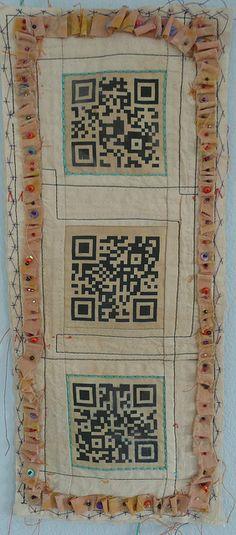 #QR QR Code sul tessuto - - QR on the texture