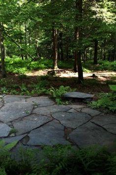 LIKE: stone shapes, irregular edges