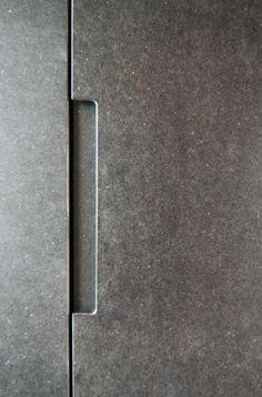 Visions of an Industrial Age // Grey mdf handle, Trevelyan House by Bradley Van Der Straeten Architects Mdf Furniture, Furniture Handles, Furniture Movers, Apartment Furniture, Furniture Design, Furniture Stores, Simple Furniture, Kitchen Furniture, Architecture Details