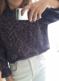À vendre sur #vintedfrance ! http://www.vinted.fr/mode-femmes/pull-overs/25728780-pull-laine-crop-bleu-marine