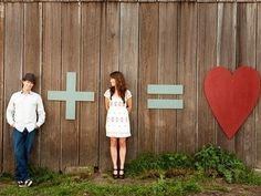 engagement pic idea.. super cute.