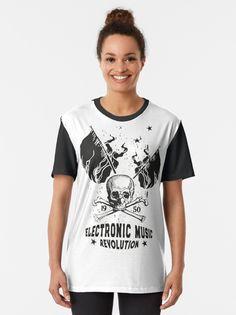 Alternative Ansicht von Electronic Music ☆ ELECTRO Music Revolution Grafik T-Shirt ☆ T-Shirt ☆ Electronic Music Revolution ☆ Die Electronic Music vereint die Generationen  und verbindet die Menschen über Grenzen hinweg.  Mit diesem Motiv kannst du zeigen, das Musik dein Leben ist. Electro Music, Revolution, Vintage T-shirts, Mens Tops, T Shirt, Fashion, Round Collar Shirt, People, Musik