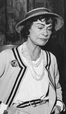 Coco Chanel #CocoChanel Visit espritdegabrielle.com   L'héritage de Coco Chanel #espritdegabrielle