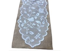 Burlap Table Runner With Lace - Bird Design x Burlap Table Runners, Burlap Fabric, Bird Design, Jute, Special Events, Kids Rugs, Sewing, Home Decor, Homemade Home Decor