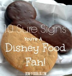 Have you ever wondered if you're a true Disney Food Fan? We have ten signs that might confirm it! Dining At Disney World, Disney World Food, Disney World Parks, Disney Dining, Disneyworld Dining, Disneyland, Disney Tips, Disney Recipes, Disney Stuff