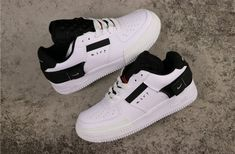 My relationship with shoes has always been affiliated to sneakers, women in their shoes and functionality. Nike Air Force Ones, Air Force 1, Nike Shoes Air Force, Toddler Sneakers Girl, Shoes 2018, Malaga, New Shoes, Women's Shoes, Shoes Style