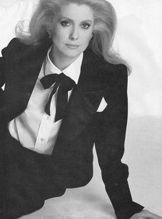 Jeanne Moreau, 60s Icons, Style Icons, Men's Style, Catherine Deneuve, Young Celebrities, Celebs, Hollywood Stars, Movie Stars