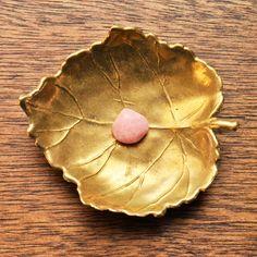 ピンクオパール 天然石の写真