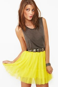 love this Flirt Tulle Skirt (don't like the top) Summer Fashion Outfits, Cute Summer Outfits, Spring Fashion, Fashion 2014, Outfit Summer, Summer Clothes, Fashion Ideas, Tulle Mini Skirt, Mini Skirts