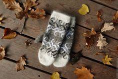 Купить Варежки из козьего пуха - комбинированный, орнамент, козийпух, варежки, подарок для женщины, подарок на новый год