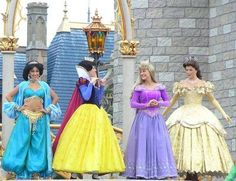 An easy guide to all the places you'll find the Disney Princess at Disney World, including rides, attractions, Disney princess meals, and Disney Princess meet-and-Greet opportunities in the theme parks and at the Disney World hotels - see: http://www.buildabettermousetrip.com/disney-princesses-at-disney-world