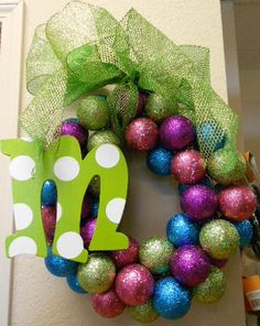 you could get the pastel colored balls & hang it up for Easter Christmas Reef, Christmas Love, All Things Christmas, Christmas Crafts, Christmas Colors, Christmas Ideas, Christmas Decorations To Make, Holiday Wreaths, Diy Wreath