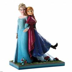 This Disney Frozen figurine depicts Elsa & Anna named Sisters Forever. From Disney's latest release, FROZEN, Elsa and Anna make their debut to Disney Traditions figurine range by Jim Shore. Anna Et Elsa, Frozen Elsa And Anna, Elsa Olaf, Frozen Sisters, Disney Collectibles, Frozen Disney, Jim Shore Disney, Frozen Musical, Frozen Movie