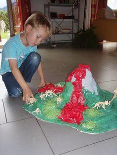 Mothers Madness: Dino Papier mache Volcano