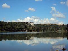"""Projetado por Oscar Niemeyer, sob encomenda do então prefeito Juscelino Kubitscheck, o conjunto Arquitetônico da Pampulha é um dos principais cartões postais de Belo Horizonte há 70 anos. O Minube, site colaborativo, separou as principais atrações sob o ponto de vista de viajantes e moradores da cidade. Por ser um dos lugares mais visitados da...<br /><a class=""""more-link""""…"""