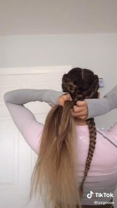 Track Hairstyles, Athletic Hairstyles, Easy Hairstyles For Long Hair, Teen Hairstyles, Running Hairstyles, Sport Hairstyles, Hair Up Styles, Medium Hair Styles, Game Day Hair