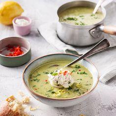 Maaltijdsoep met broccoli en bleekselderij - recept - okoko recepten Soup Recipes, Snack Recipes, Healthy Recipes, Snacks, Healthy Food, Vegan, Soups And Stews, Vegetable Recipes, Cheeseburger Chowder