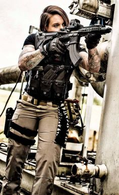"""Kinessa Johnson is a Afghanistan vet, a sniper, and """"Anti-Poaching Advisor"""" with Veterans Empowered To Protect African Wildlife. @aegisgears"""