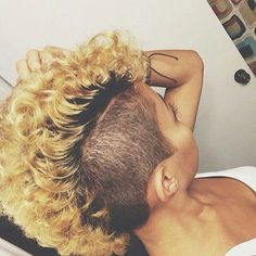 Blonde Curly Mohawk w/ Shaved Sides Dope Hairstyles, My Hairstyle, Black Women Hairstyles, Curly Mohawk Hairstyles, Pinterest Hairstyles, Shaved Hairstyles, Hairstyle Ideas, Mohawk Styles, Curly Hair Styles
