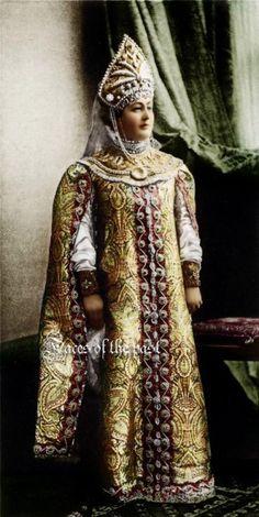 30 графиня Агриппина Константиновна Зарнекау урожденная княжна Джапаридзе.