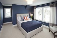 Navy bedroom Benjamin Moore Newburyport Blue