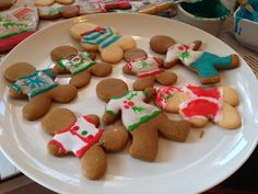 Gingerbread cookies with ugly sweaters!
