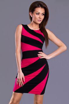 Sukienka dostępna w naszym sklepie !