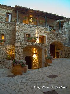 Castelvetere sul Calore (AV), 2013,  Il Borgo medievale e la inaugurazione dell'albergo diffuso.