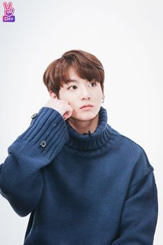 Shared by 𝐚 𝐧 𝐧 🏹. Find images and videos about kpop, bts and jungkook on We Heart It - the app to get lost in what you love. Bts Jungkook, Taehyung, Kim Namjoon, Yoongi, Jung Kook, Fanfiction, Foto Bts, Rap Monster, Mamamoo