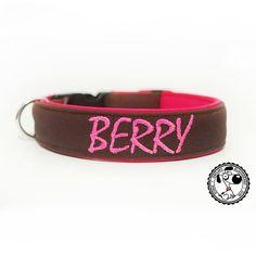 Obojek s vyšitím od Blackberry   Collar with embroidery by Blackberry #collar #collarwithembroidery #embroidery #embroideredname #vysitejmeno #obojeksvysitim #obojeksejmenem #obojek #berry #brown #pinkname #nice #nicecollar #name #dogsname #dog #goodsfordogs #vecipropsy #psijmeno #design #designovy