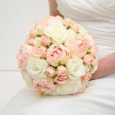 A White and Pink Handtied
