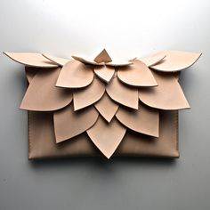 This leather clutch bag/purse is a functional piece of art that has been inspired by beautiful patterns from nature As an eye catching statement to any outfit or as something daring and different for a wedding. The clutch is lovingly handmade here in Au Leather Gifts, Leather Clutch Bags, Leather Craft, Leather Purses, Leather Wallet, Handmade Leather, Leather Totes, Clutch Purse, Crea Cuir
