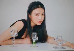 Seulgi, Wendy Red Velvet, Red Velvet Joy, Kpop Girl Groups, Korean Girl Groups, Irene, Red Velvet Photoshoot, Joy Instagram, Thing 1