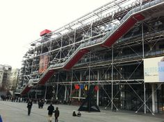 Modern and contemporary collections of the Centre Pompidou in Paris, France. Cool vídeo!