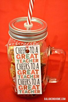 teacher gift tags | teacher gift | Mason jar gifts | Teacher Christmas gift tag | Mason Jar gift | free printables | christmas gift