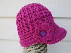 READY TO SHIP!  This item is ready to ship. Super Cute and Chunky  A perfect gift for Fall and Winter, its sure to be loved.  This handmade Youth