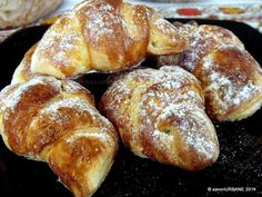 Cornuri cu branza gem sau rahat (16) Pastry And Bakery, Bread And Pastries, Pastry Cake, Sweets Recipes, Just Desserts, Cake Recipes, Cooking Recipes, Romanian Desserts, Romanian Food