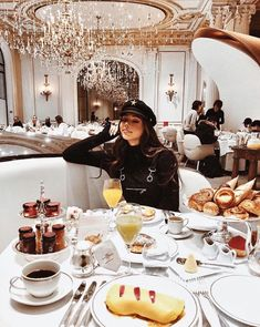 [PDF] Luxus Lifestyle: Beyond the Lifestyle-Experten Luxus - Personal Concierge & Supercar Experten Boujee Lifestyle, Wealthy Lifestyle, Luxury Lifestyle Fashion, Billionaire Lifestyle, Luxury Fashion, Lifestyle Clothing, Vacaciones Gif, Vanessa Moe, Love Style Life