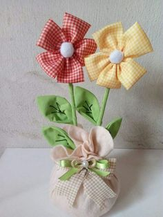 18 Ideas For Patchwork Artesanato Tecido Flower Crafts, Diy Flowers, Fabric Flowers, Paper Flowers, Sewing Art, Sewing Crafts, Sewing Projects, Hobbies And Crafts, Diy And Crafts
