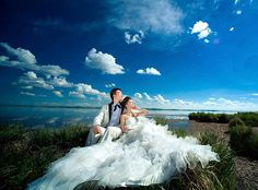 Lovely wide angle wedding photo. Framing Photography, Landscape Photography, Wedding Photography, Photography Ideas, Angles Images, Big Dresses, Wedding Pictures, Wedding Ideas, Wide Angle Lens