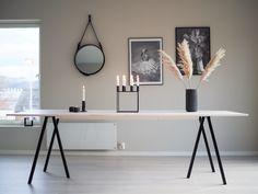 Spisebord - DIY | HVITELINJER : HVITELINJER Diy Interior, Interior Design, Engineered Timber Flooring, Scandinavian Style Home, Small Room Bedroom, Small Bedrooms, Paint Colors For Living Room, Modern Dining Table, Diy Table