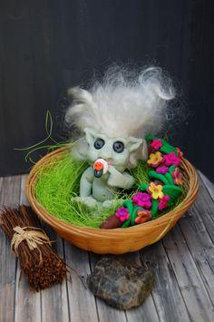Elfenbaby im Körbchen,Nest,modelliert aus Polymer Clay,Fimo,Premo,Fairy,Fairy…