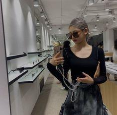 South Korean Girls, Korean Girl Groups, Korean Girl Band, Meet Girls, Me As A Girlfriend, Iconic Photos, Girl Bands, Daily Look, Ulzzang Girl