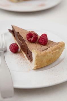 Crostata di cioccolato con i lamponi