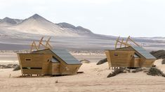 Good wood - escapism at its absolute finest. Shipwreck lodge's wooden cabins on the Skeleton Coast in Namibia. Costa, Coast Hotels, Guest Cabin, Hotel Architecture, Luxury Cabin, Wooden Cabins, Shipwreck, Home Interior, Luxury Travel