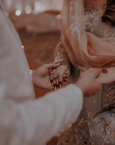 Cute Couples Photography, Portrait Photography Poses, Bride Photography, Holding Hands Pics, Indian Aesthetic, Cute Muslim Couples, Desi Bride, Dressing Sense, Bride Poses