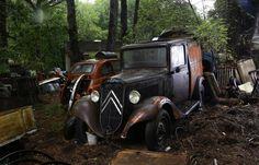 """Résultat de recherche d'images pour """"epave voitures americaines"""""""