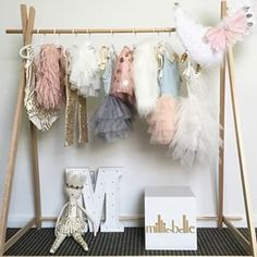 girls clothing rack